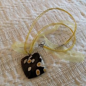 Jewelry - Necklace, Stone cabochon, peanut wood